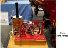 2c, En vippebom Dampmaskine model med kedelanlæg set på Model Engineering Exhibition 2016. Foto; Bent Jønsson