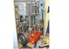 3r, Dampmaskine byggeren Rolf Voss i Flensburg har lige netop fået færdigbygget sin Maskine til sin Dampchalup!