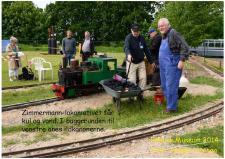 9c, Zimmermann-lokomotivet får kul og vand. I baggrrunden til venstre anes ildkanonerne.